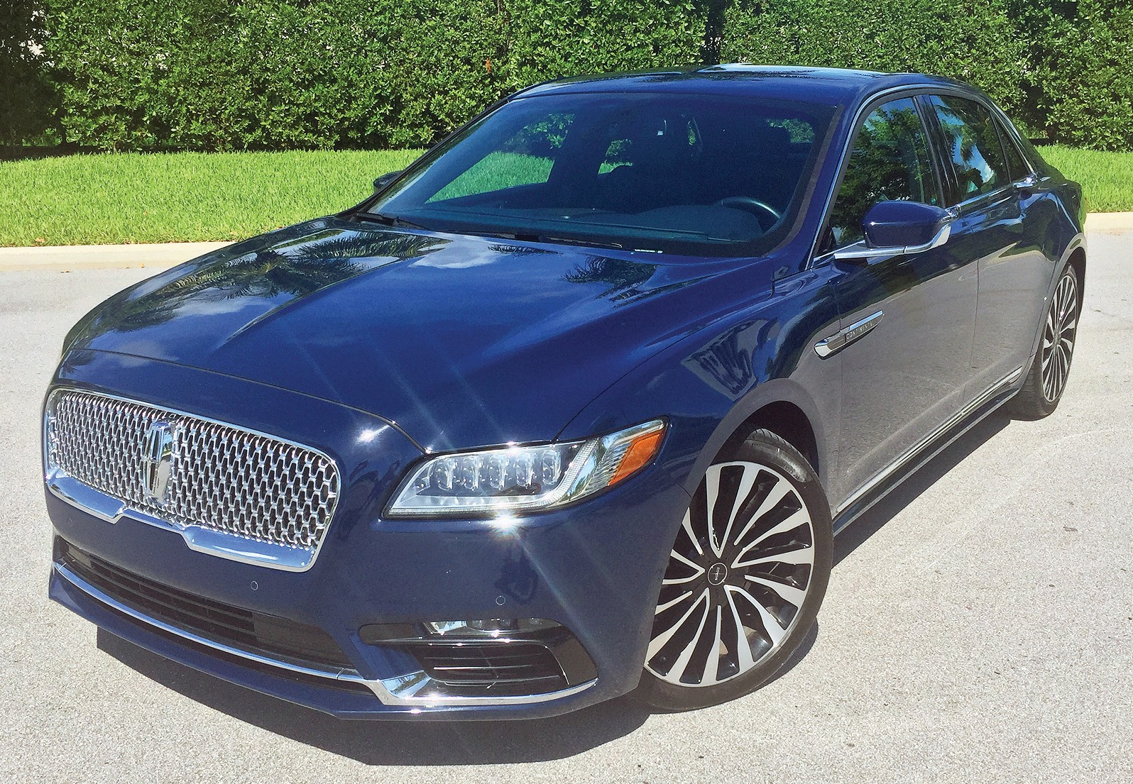 The New Continental The Old Lincoln We Ve Been Waiting For Naples